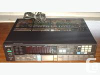 Quartz Synthesizer AM/FM Tuner, station index, bass,