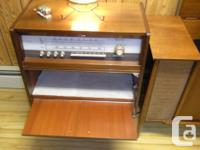 Selling 2 Vintage Working tube stereos.The smaller one