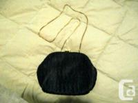 Vintage-style evening bag with chain in soft-pleated