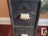 Antique workdesk with original walnut surface in superb