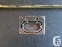 Vintage Carpenters Pine Tool Chest...Original paint and