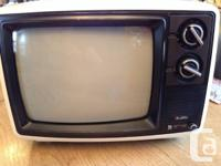 Beautiful vintage small tv in great condition. White