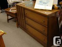 Wonderful vintage walnut sideboard 1-door, 3-dovetail