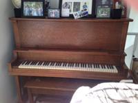 Oak Canada Piano Company, Piano and also matching