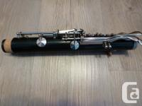 For sale is a Vito Reso-Tone 3 student clarinet in very