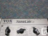 This is a VOX Tonelab LE multi-effect guitar processor