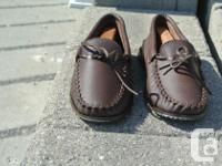 Vintage lovers: offering a pair of Classic Mocassins
