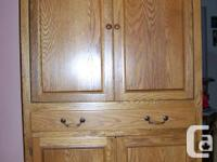 Used, Solid timber oak cupboard, superb condition. When open, for sale  Quebec