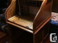 Handsome Oak roll leading desk in mint state. Utilized