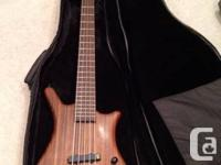 This 2009 German made bass is in excellent condition.