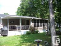 A06 Water Front 2006 38ft Breckenridge Cottager with