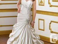 Wedding Gown for 1000$ Designer: Mori Lee Style: