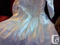 I have a vintage wedding event gown size 20- 22. Should