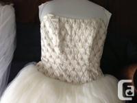 Beautiful Justina McCaffrey haute couture wedding gown