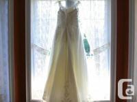 Beautiful crushed organza wedding gown!!   Contessa