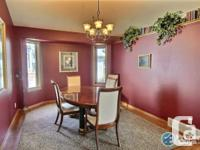 # Bath 2.5 # Bed 3 Welcome to: 9 Chinook Cres,