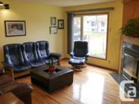 # Bath 1 Sq Ft 827 # Bed 3 Showings Start noon Oct 1,