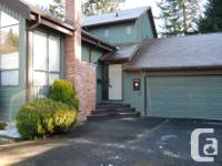 # Bath 3 Sq Ft 1850 MLS 435931 # Bed 4 Pampered home!!