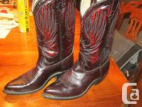 Bullrider Genuine Leather western cowboy boots.