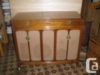 Westinghouse Symphony Hall High Fidelity Stereo Model