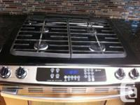 In great condition whirlpool gold stainless steel gas