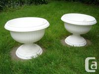 """""""Blossom Pots"""", white urn medium, Made in Canada by"""