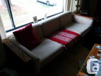 VERY CLEAN and very comfortable couch with zero