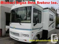 SIZE 27FT CLASS A MOTORHOME WITH A SINGLE SLIDE-OUT