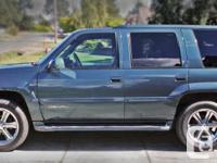 Make GMC Model Yukon Denali Year 2000 Colour Blue kms