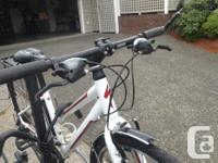 SPECIALIZED / VitaSport / Step Through Completely