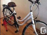Woman't White Hybrid Norco in great condition Brand new