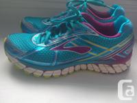 Brand new Brooks Adrenaline GTS 15, size 9. Worn 3