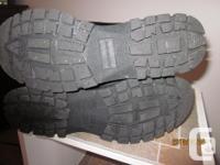Prediction Winter Boots - colour black - size 8 I/2 -