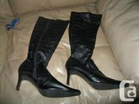 Womens Black ZARIA boots Size 8 Heel Height - 3 inches