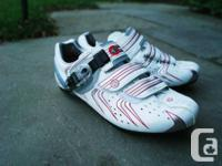 Women's Pearl Izumi Elite II Carbon Road shoes, size 40