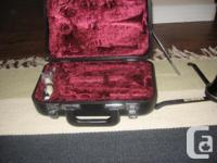 Wood clarinet, ( Evette) , good condition, recently