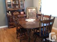 Solid wood, classic style table and leaf for