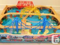 Wooden Thomas Train Tracks Table  Large collection of
