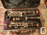 Yamaha clarinet like new Used 1 season serviced and