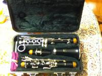 Yamaha clarinet model 20 like new condition. Comes with