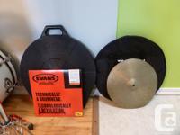 I'm selling my white Yamaha V-power drum set. The set