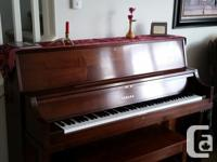 Piano: Yamaha Professional Collection Piano (P22) 45""