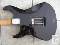 Yamaha Pacifica Guitar: - black finish - white