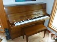 Yamaha P2 Piano in excellent condition. Bench included;