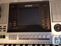 Yamaha PSR S900 Arranger Keyboard Complete with travel, used for sale  British Columbia