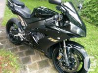 I am selling my Yamaha R1 2004 in perfect condition.