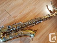Beautiful Yamaha tenor sax in superb condition! This