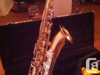 Hi! Im selling my Sax Yamaha YTS25 in excellente