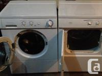 Like new washer and dryer frigidaire galery very clean