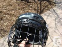 Youths Bauer NBH1500S Hockey Helmet w/ #FM2500 S Face